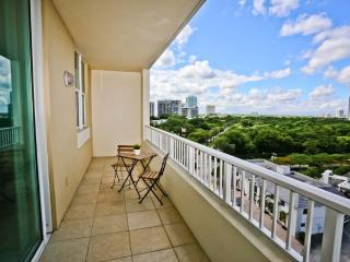 Amazing 1 Bedroom Apartment in Brickell! Best View, Miami