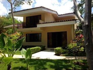 Vista Ocotal, beach villa 3BR/3BA in Playa Ocotal