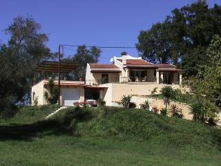 Private Villa with Pool, Pelekas