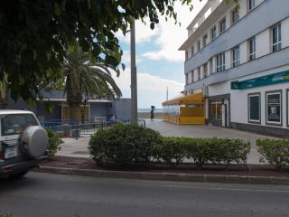 Alquiler apartamento junto playa con Wifi TV Satél
