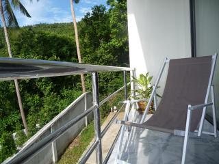 Studio-kitchen balcon 'ZEN' vue cocoteraie et mer, Koh Samui