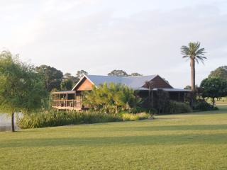 Lilies Luxury Retreats, Lovedale