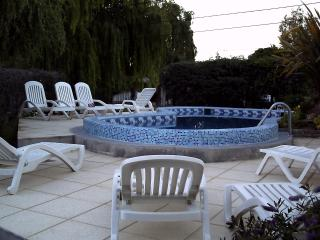2 bedroom Apt with heated pool Complejo Tehuelches