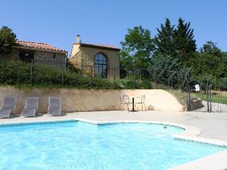 LoustalBeau - heated pool/ stunning setting (Aude)