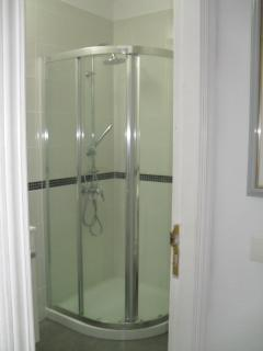 refurbished shower unit