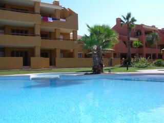 Albatros 3 - Pool - Free WiFi - Balcony - 7208, Mar de Cristal