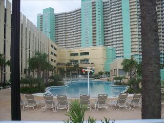 Family Friendly Resort at Emerald Beach, Panama City Beach