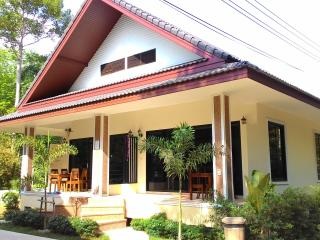 4 bedrooms villa at green resort, Ao Nang