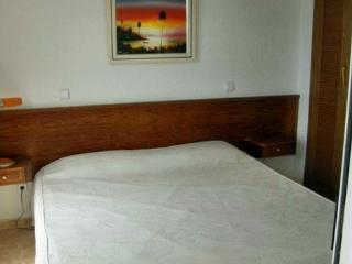 Apartment, pool, incredible sea view, wifi, Lift,(Long Term Rental)