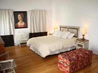 Spacious flat in Cádiz centre