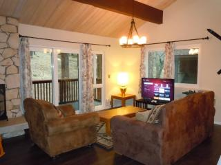 #16 Premier 2BR Townhouses. Next to Snow Summit!, Big Bear Lake
