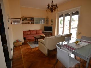 Magenta apartment, Varese