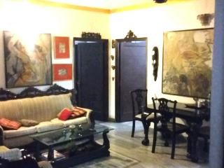 Tee's rooms with garden off Park Street, Kolkata (Calcutta)