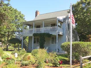 1 Min. Walk to Private Beach, Cape Cod Bay--091-BA, Brewster