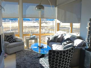 Fully Furnished Modern Guest House -STUNNING VIEWS, Ridgway