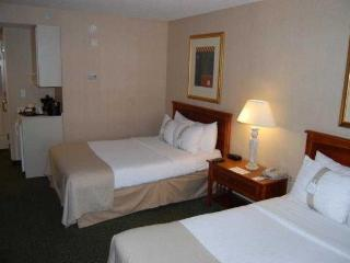 Holiday Inn Anaheim / Disneyland Area