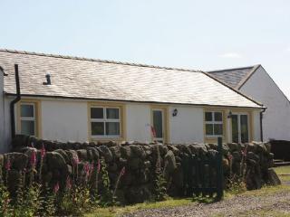 Attractive Dalbeattie Cottage 383449 - Lovely cottage set in stunning farmland.