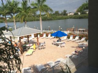 Barefoot Beach Resort A-202 (ACROSS FROM SEA GATE), Indian Shores