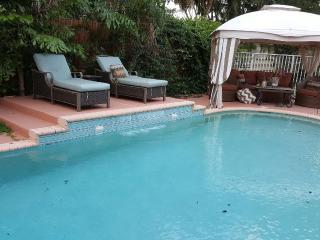 Luxurious Boca Raton Pool Home