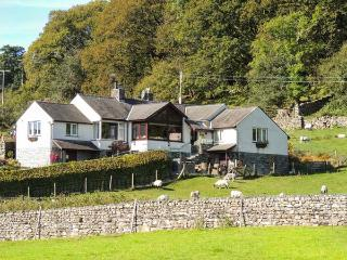 BROWSIDE, pet-friendly cottage with hot tub, superb lake views, near Coniston Re