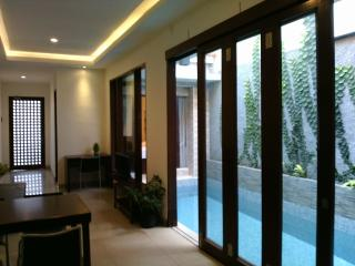 3 bedroom house with pool - D'House, Kuta, Bali