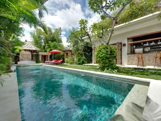Villa Kalimaya III - an elite haven, 3BR, Seminyak