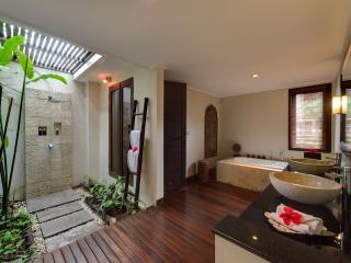 Seminyak Holiday Villa 27075