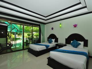 Twin Apartment Close to Beach!, Ko Phi Phi Don