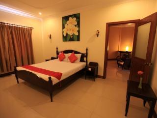 Anise Hotel PP, Double Room+Breakfast+Laundry, Phnom Penh