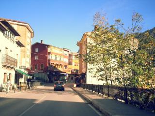 Moderno, vistas montana, plaza garaje incluida (Picos Europa)