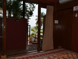 Casa Tropicana - Villa Tidina, R105, Panjim