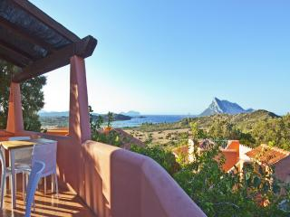 Villa with Sea View!, San Teodoro
