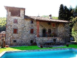 Casale Sillicano, detached villa with private pool, San Romano in Garfagnana