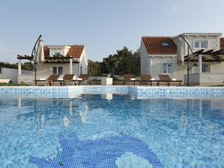 Brand new luxury villa MIS on the beach with pool, Supetar