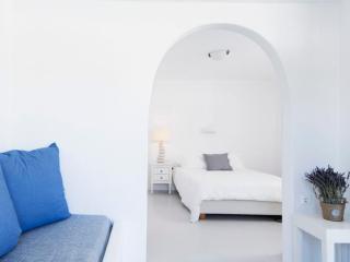 Pelago Suite Mykonos - Luxury Suite with Jacuzzi