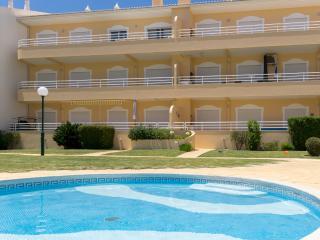 Finfoot Black Apartment, Vilamoura, Algarve