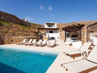 Villa Agapò, Panormos