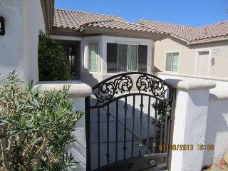 Comfortable Golfing Resort Vacation Home, Indio