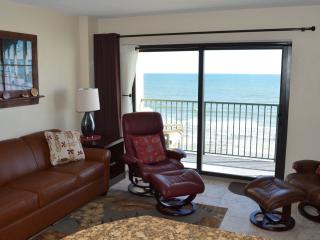 Another living view - new leather sofa sleeper and 2 comfortable leather recliners