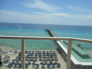 Beautiful Unit Ocean Front - La Perla 1 bedroom