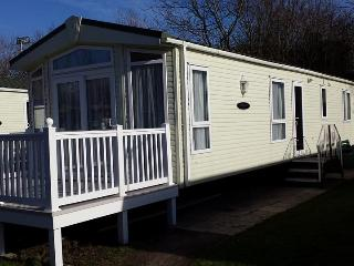 Brian & Patrice's Burnham Caravan., Burnham-On-Sea