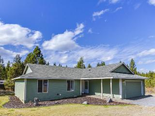 Comfortable, dog-friendly home near Deschutes River/Mt. Bachelor!, Milton Freewater