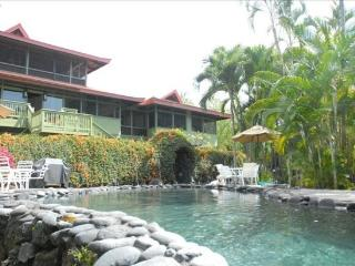 Pagoda House- Large Pool, On The Water!, Captain Cook