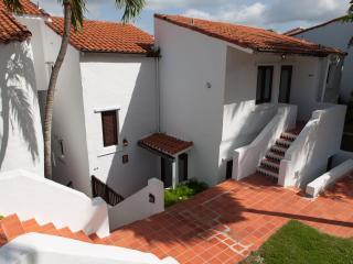 Greek-Style Villa at Rio Mar Beach & Golf Club, Río Grande