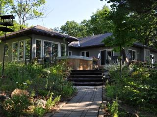 Exquisite Vacation Property, Harcourt
