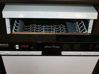 Band new dishwasher