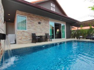The Ville Grande Pool Villa - 3Bedrooms (A26), Pattaya