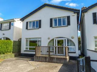 AIT EILE, detached, woodburner, pet-friendly, private garden, in Greystones, Ref 923798