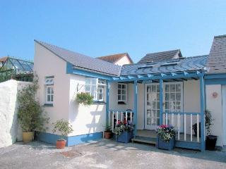 SANDY Bungalow in Hayle, St Hilary