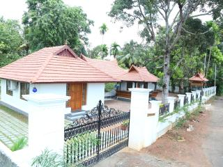 Home Stay and House Boat, Kaloor
